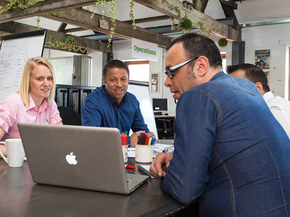 コンサルティングのやりとりを効率化できるビジネスチャットツールとは_1