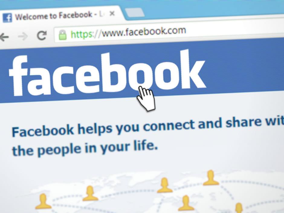 Facebookの動画ライブ配信は、30代・40代にリーチできるのがポイント_3