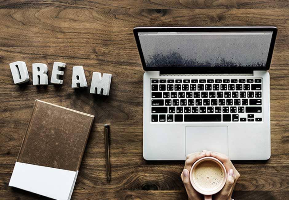 経営・戦略コンサルタントがブログを始めるメリットとは-1