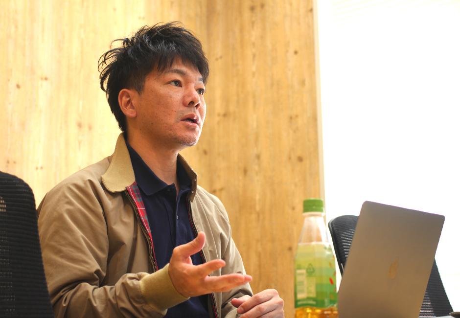 友人との起業を機に再上京し、その後WEBメディア業界へ